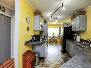 Photo 17: 203 A 2250 MANOR PLACE in COMOX: CV Comox (Town of) Condo for sale (Comox Valley)  : MLS®# 781804