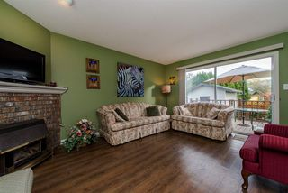 Photo 3: 3062 CASSIAR Avenue in Abbotsford: Abbotsford East House for sale : MLS®# R2250869