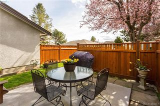 Photo 7: 14 2070 Amelia Avenue in SIDNEY: Si Sidney North-East Townhouse for sale (Sidney)  : MLS®# 389317
