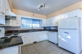 Photo 12: 5660 DUMFRIES Street in Vancouver: Knight House for sale (Vancouver East)  : MLS®# R2257407