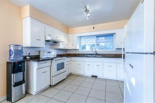 Photo 11: 5660 DUMFRIES Street in Vancouver: Knight House for sale (Vancouver East)  : MLS®# R2257407