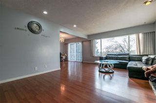 Photo 5: 5660 DUMFRIES Street in Vancouver: Knight House for sale (Vancouver East)  : MLS®# R2257407