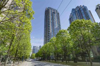 "Photo 1: 206 928 RICHARDS Street in Vancouver: Yaletown Condo for sale in ""SAVOY"" (Vancouver West)  : MLS®# R2265087"