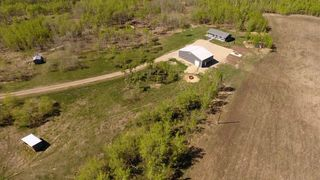 Photo 1: 281028 RGE RD 42 in Rural Rocky View County: Rural Rocky View MD Detached for sale : MLS®# C4183245
