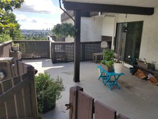 """Photo 3: 5148 HASTINGS Street in Burnaby: Capitol Hill BN Condo for sale in """"MAYWOOD MANOR"""" (Burnaby North)  : MLS®# R2277144"""