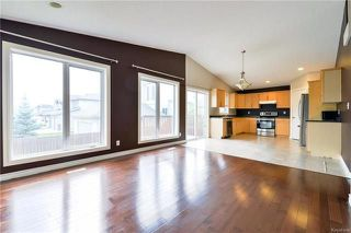 Photo 7: 162 Nordstrom Drive in Winnipeg: Island Lakes Residential for sale (2J)  : MLS®# 1817483