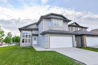 Photo 1: 162 Nordstrom Drive in Winnipeg: Island Lakes Residential for sale (2J)  : MLS®# 1817483