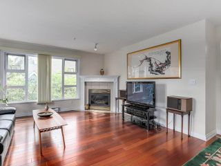 "Photo 4: 307 988 W 54TH Avenue in Vancouver: South Cambie Condo for sale in ""HAWTHORNE VILLA"" (Vancouver West)  : MLS®# R2284275"
