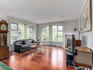 "Photo 3: 307 988 W 54TH Avenue in Vancouver: South Cambie Condo for sale in ""HAWTHORNE VILLA"" (Vancouver West)  : MLS®# R2284275"