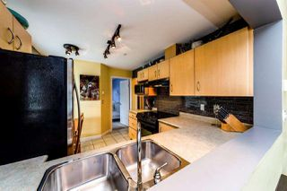 "Photo 13: 129 332 LONSDALE Avenue in North Vancouver: Lower Lonsdale Condo for sale in ""CALYPSO"" : MLS®# R2295234"