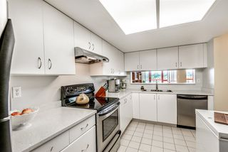 """Photo 11: 506 220 ELEVENTH Street in New Westminster: Uptown NW Condo for sale in """"QUEENS COVE"""" : MLS®# R2319150"""