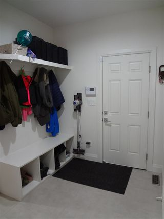 Photo 8: 9041 24 Avenue in Edmonton: Zone 53 House for sale : MLS®# E4140270