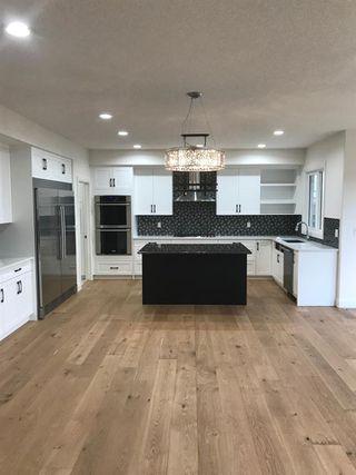 Photo 3: 9041 24 Avenue in Edmonton: Zone 53 House for sale : MLS®# E4140270
