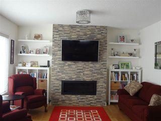 Photo 2: 9041 24 Avenue in Edmonton: Zone 53 House for sale : MLS®# E4140270