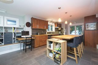 Photo 3: 4360 COVE CLIFF Road in North Vancouver: Deep Cove House for sale : MLS®# R2334083