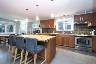 Photo 2: 4360 COVE CLIFF Road in North Vancouver: Deep Cove House for sale : MLS®# R2334083