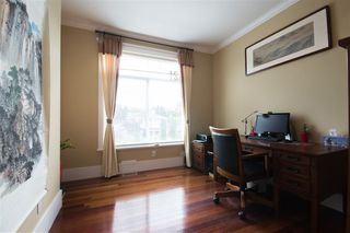 Photo 4: 121 N STRATFORD Avenue in Burnaby: Capitol Hill BN House for sale (Burnaby North)  : MLS®# R2357027