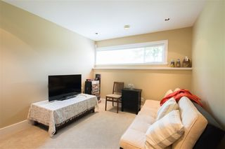 Photo 10: 121 N STRATFORD Avenue in Burnaby: Capitol Hill BN House for sale (Burnaby North)  : MLS®# R2357027