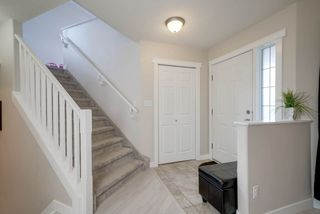 Photo 2: 525 Hunters Green in Edmonton: Zone 14 House for sale : MLS®# E4155417