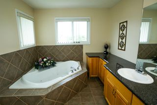 Photo 17: 3322 30 Avenue in Edmonton: Zone 30 House for sale : MLS®# E4164751