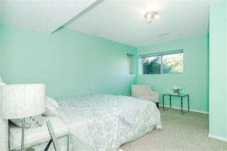 Photo 18: 476 GLENBROOK Drive in New Westminster: Fraserview NW House for sale : MLS®# R2411560