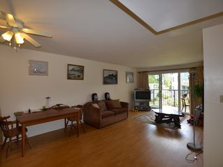 "Photo 3: 208 32110 TIMS Avenue in Abbotsford: Abbotsford West Condo for sale in ""Bristol Court"" : MLS®# R2415687"