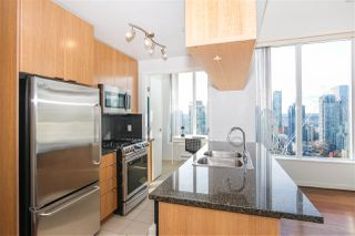 "Photo 6: PH2404 1010 RICHARDS Street in Vancouver: Yaletown Condo for sale in ""Gallery"" (Vancouver West)  : MLS®# R2420892"