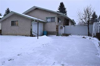 Photo 2: 4433 113 Avenue in Edmonton: Zone 23 House for sale : MLS®# E4180999