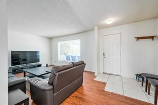 Photo 4: 4732 45 Street SW in Calgary: Glamorgan Detached for sale : MLS®# C4180879