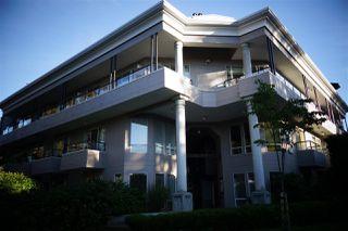 Photo 3: 102 1988 MAPLE Street in Vancouver: Kitsilano Condo for sale (Vancouver West)  : MLS®# R2472334