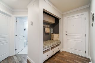 "Photo 4: 410 13939 LAUREL Drive in Surrey: Whalley Condo for sale in ""King George Manor"" (North Surrey)  : MLS®# R2472740"