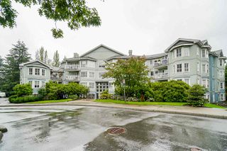 "Photo 2: 410 13939 LAUREL Drive in Surrey: Whalley Condo for sale in ""King George Manor"" (North Surrey)  : MLS®# R2472740"