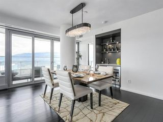 Photo 7: 4303 1151 W GEORGIA Street in Vancouver: Coal Harbour Condo for sale (Vancouver West)  : MLS®# R2475256