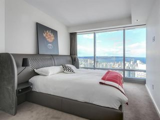 Photo 12: 4303 1151 W GEORGIA Street in Vancouver: Coal Harbour Condo for sale (Vancouver West)  : MLS®# R2475256
