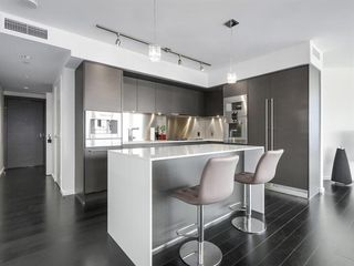 Photo 3: 4303 1151 W GEORGIA Street in Vancouver: Coal Harbour Condo for sale (Vancouver West)  : MLS®# R2475256
