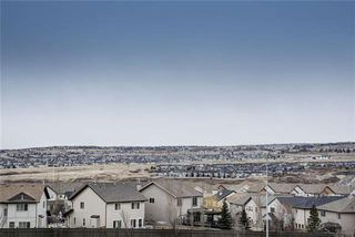 Photo 3: 71 EVANSVIEW Gardens NW in Calgary: Evanston Row/Townhouse for sale : MLS®# A1016799