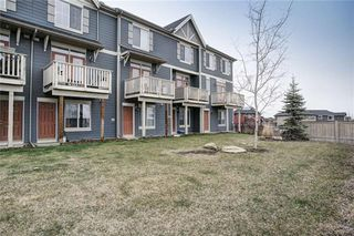 Photo 2: 71 EVANSVIEW Gardens NW in Calgary: Evanston Row/Townhouse for sale : MLS®# A1016799