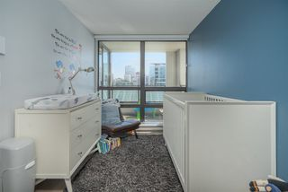 """Photo 10: 1305 938 SMITHE Street in Vancouver: Downtown VW Condo for sale in """"ELECTRIC AVENUE"""" (Vancouver West)  : MLS®# R2491413"""