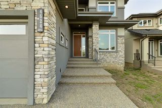 Photo 3: 4524 KNIGHT Wynd in Edmonton: Zone 56 House for sale : MLS®# E4216750