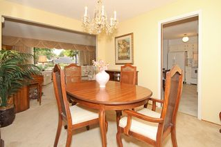 "Photo 8: 856 51A Street in Tsawwassen: Tsawwassen Central House for sale in ""CLIFF DRIVE"" : MLS®# V879158"