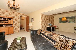 "Photo 17: 856 51A Street in Tsawwassen: Tsawwassen Central House for sale in ""CLIFF DRIVE"" : MLS®# V879158"