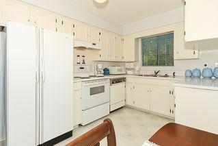 "Photo 11: 856 51A Street in Tsawwassen: Tsawwassen Central House for sale in ""CLIFF DRIVE"" : MLS®# V879158"