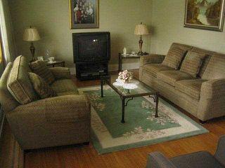 Photo 3: 1405 KAMLOOPS Street in Vancouver: Renfrew VE House for sale (Vancouver East)  : MLS®# V884262