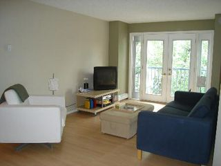Photo 3: #205, 10403 - 98 Avenue: Condo for sale (Downtown/Edm)  : MLS®# E3114176