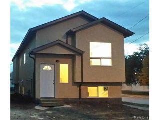 Photo 1: 349 ROSEBERRY Street in WINNIPEG: St James Residential for sale (West Winnipeg)  : MLS®# 1322822