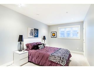 Photo 9: 1284 E 14TH Avenue in Vancouver: Mount Pleasant VE House 1/2 Duplex for sale (Vancouver East)  : MLS®# V1035375