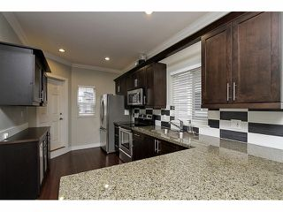 "Photo 6: 5 22788 WESTMINSTER Highway in Richmond: Hamilton RI Townhouse for sale in ""HAMILTON STATION"" : MLS®# V1053616"
