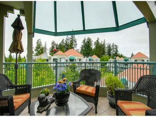 "Photo 9: 404 1785 MARTIN Drive in Surrey: Sunnyside Park Surrey Condo for sale in ""SOUTHWYND"" (South Surrey White Rock)  : MLS®# F1412611"