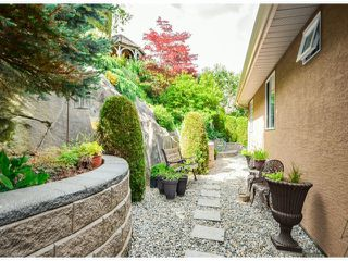 "Photo 18: 35957 STONERIDGE Place in Abbotsford: Abbotsford East House for sale in ""Mountain Meadows"" : MLS®# F1412668"