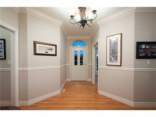 """Photo 14: 18039 68TH Avenue in Surrey: Cloverdale BC House for sale in """"NORTH CLOVERDALE WEST"""" (Cloverdale)  : MLS®# F1412711"""